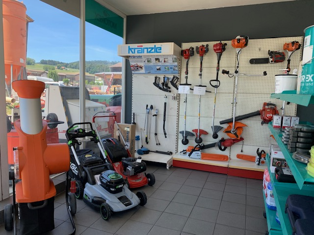 Notre exposition de petites machines directement dans notre magasin