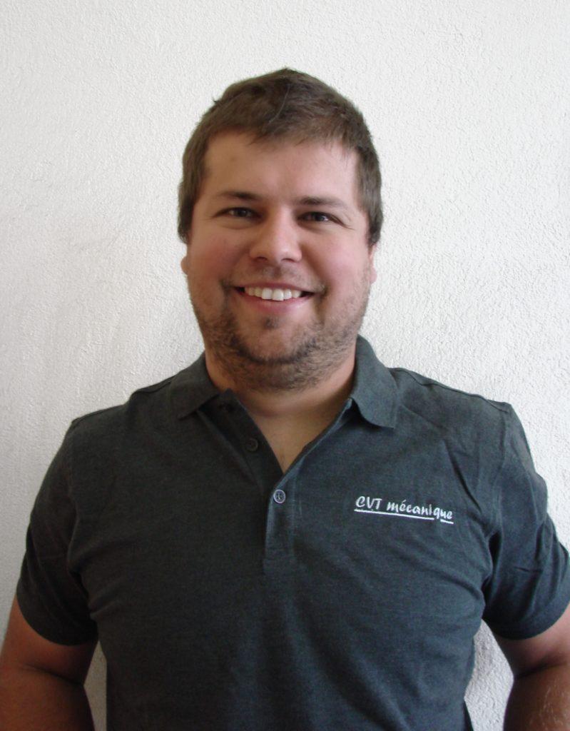 atelier mécanique - notre équipe -Fabrice Auer - Employé du secteur manutention